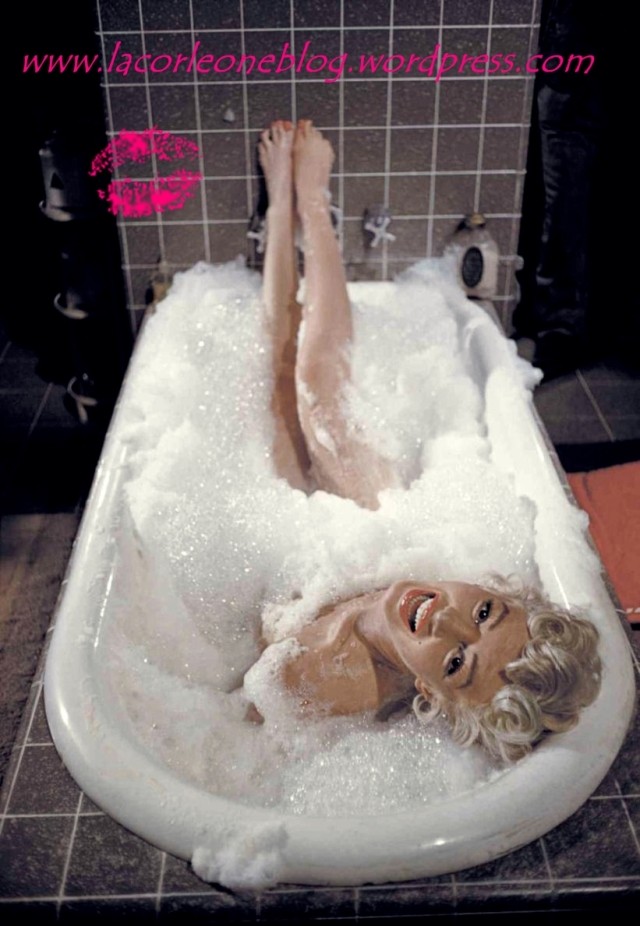 marilyn-monroe-bathtime